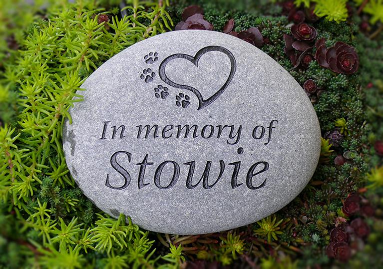 Pet memorials engraved garden stones apetmemorial stones workwithnaturefo